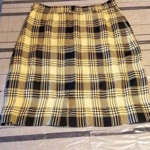 👗Vintage tartan skirt